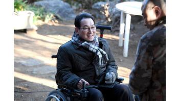 落語家・春風亭昇太『グッドワイフ』で最強最悪の車椅子弁護士に