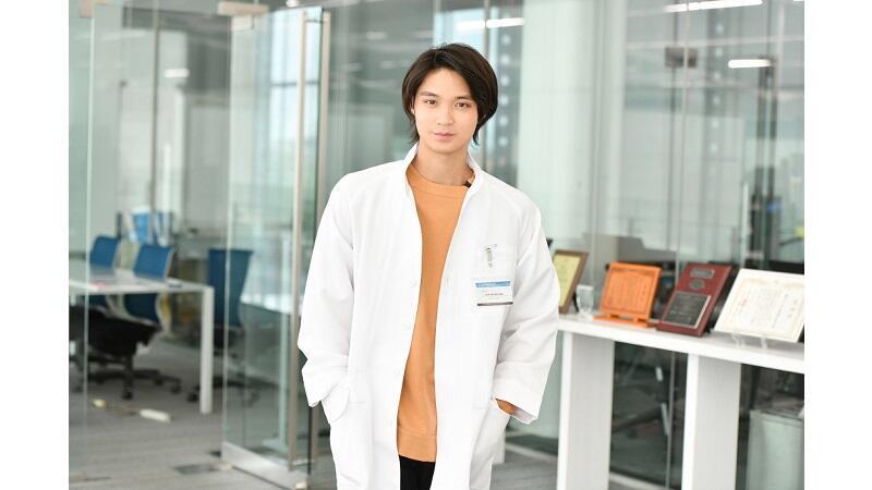 『インハンド』磯村勇斗がTBS連続ドラマ初出演!最後の事件のキーパーソンとなる若き科学者に