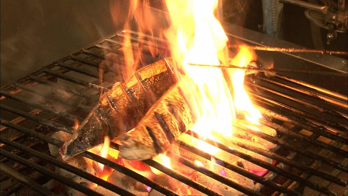 東京で郷土料理店ブーム!鰹のタタキ定食にリピーター続出